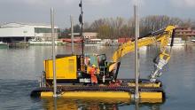 Amphibious dredge